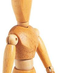 manichino in legno con articolazioni